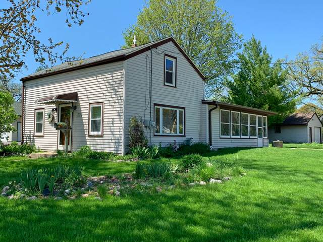 N64W23908 Main St, Sussex, WI 53089 (#1689736) :: Keller Williams Realty - Milwaukee Southwest