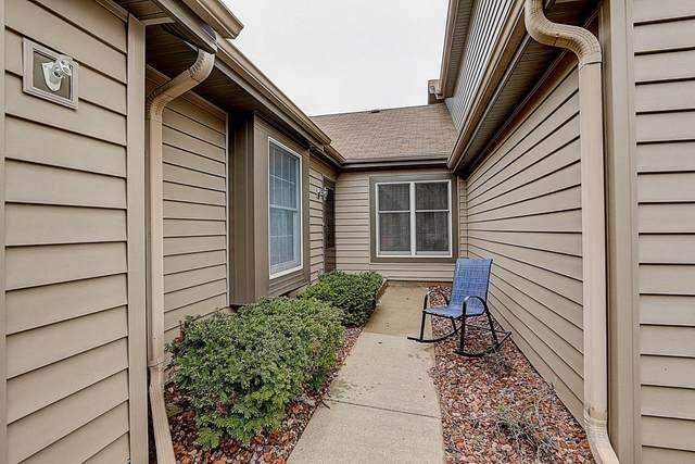 245 W Oak St, Grafton, WI 53024 (#1689783) :: Tom Didier Real Estate Team