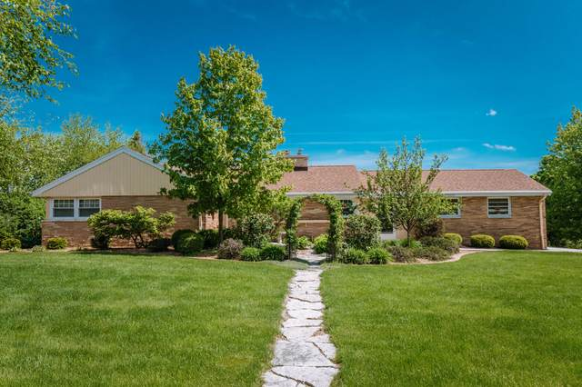17740 Alta Louise Pkwy, Brookfield, WI 53045 (#1689916) :: OneTrust Real Estate