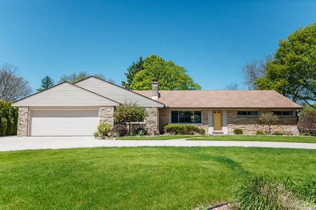 1545 Mierow Ln, Brookfield, WI 53045 (#1689945) :: Keller Williams Realty - Milwaukee Southwest