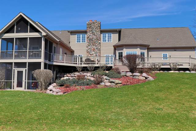 1301 Masters Rd 20-12, Geneva, WI 53147 (#1690210) :: RE/MAX Service First Service First Pros