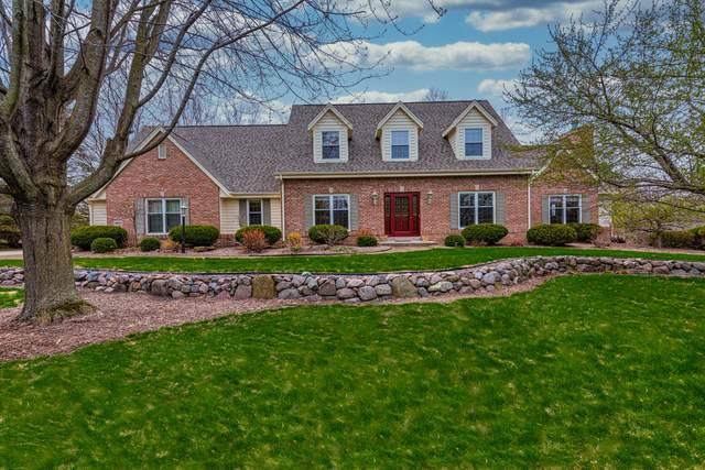 1497 Cedarton Parkway, Cedarburg, WI 53024 (#1690257) :: Tom Didier Real Estate Team