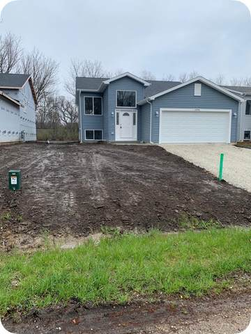 26946 99th St, Salem Lakes, WI 53179 (#1690277) :: RE/MAX Service First Service First Pros