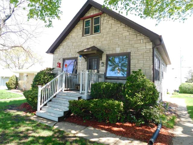 3568 S 33rd St, Greenfield, WI 53221 (#1690329) :: Keller Williams Realty - Milwaukee Southwest