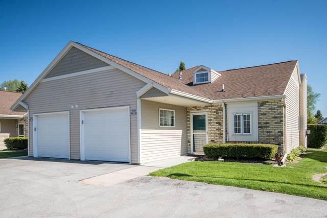 W68N913 Washington Ave, Cedarburg, WI 53012 (#1690333) :: Tom Didier Real Estate Team