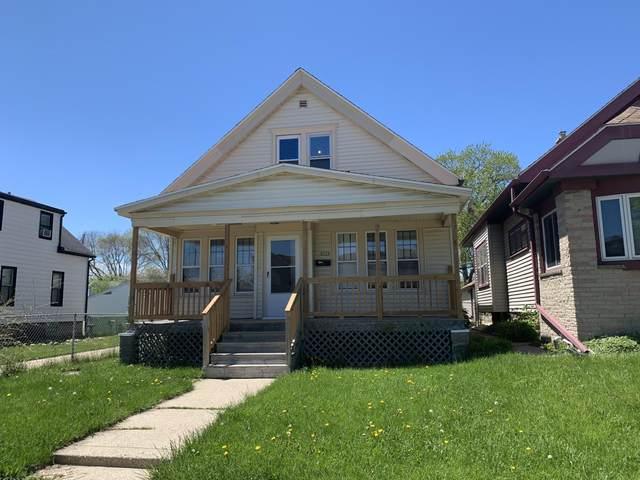 2123 S 74Th St, West Allis, WI 53219 (#1690365) :: Keller Williams Realty - Milwaukee Southwest