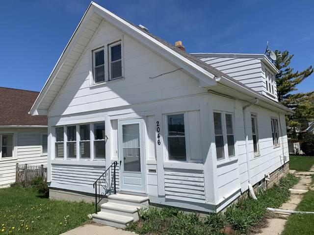 2046 S 60th St, West Allis, WI 53219 (#1690381) :: Keller Williams Realty - Milwaukee Southwest