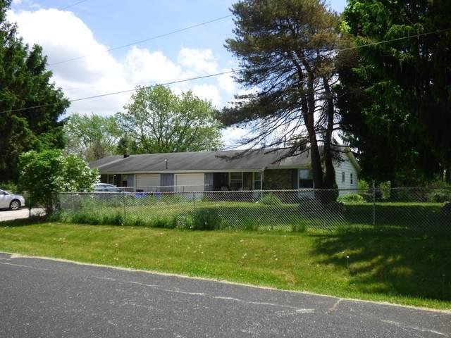 N71W35963 Mapleton Lake Dr N71w35961, Oconomowoc, WI 53066 (#1690390) :: NextHome Prime Real Estate