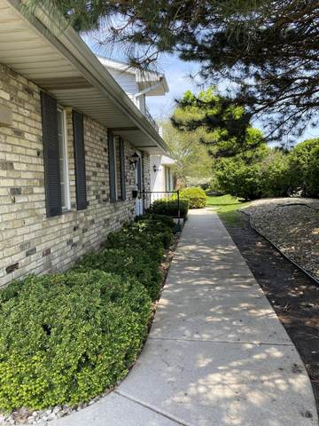 8610 30th Ave #102, Kenosha, WI 53142 (#1690490) :: Keller Williams Realty - Milwaukee Southwest