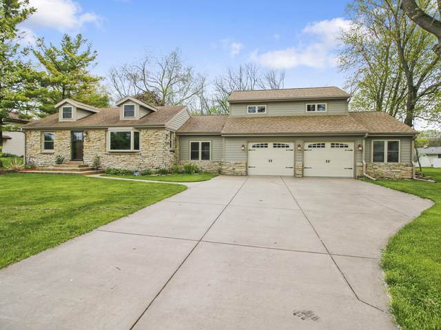 11405 W Grange Ave, Hales Corners, WI 53130 (#1690533) :: RE/MAX Service First Service First Pros