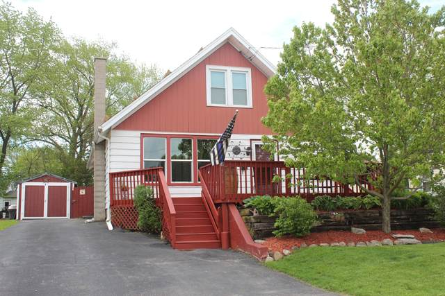 733 Main St, Union Grove, WI 53182 (#1690589) :: RE/MAX Service First Service First Pros