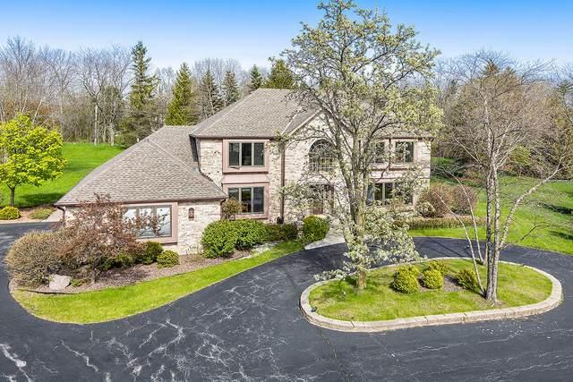 10234 N Trillium Rd, Mequon, WI 53092 (#1690608) :: Tom Didier Real Estate Team