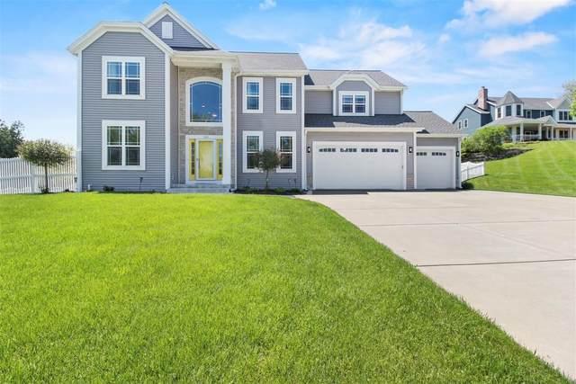 2181 17th Ave, Grafton, WI 53024 (#1690732) :: Tom Didier Real Estate Team