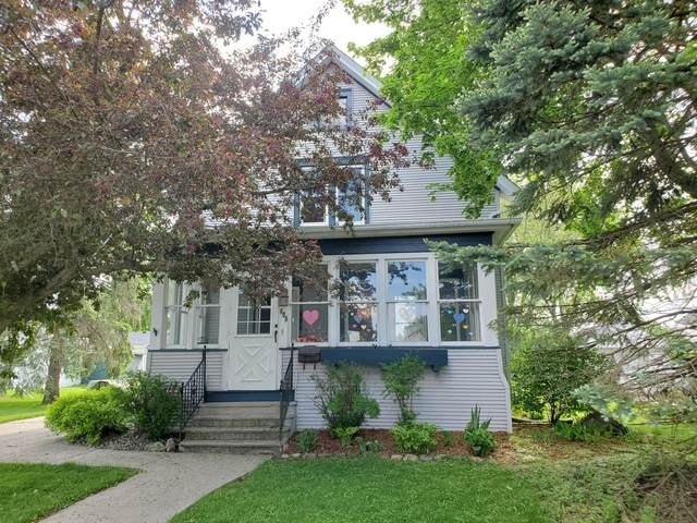 609 Park St, Watertown, WI 53098 (#1690856) :: RE/MAX Service First