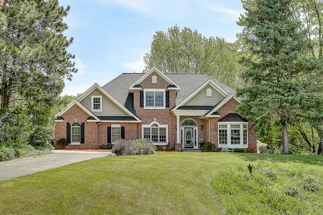 N8778 Sky Ln, East Troy, WI 53120 (#1690891) :: RE/MAX Service First Service First Pros