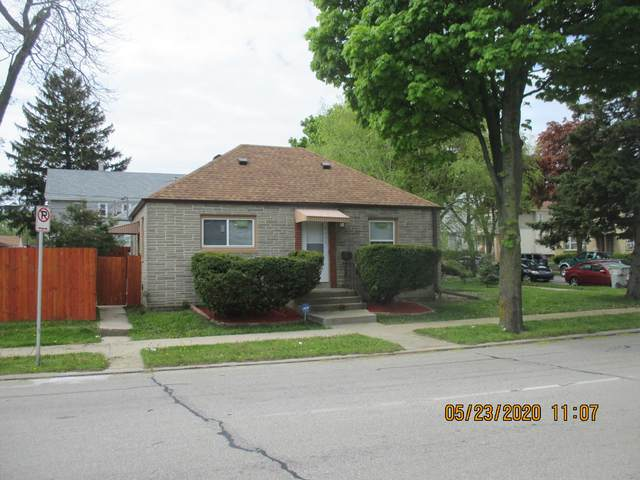 6031 W Burleigh St, Milwaukee, WI 53210 (#1690955) :: RE/MAX Service First Service First Pros