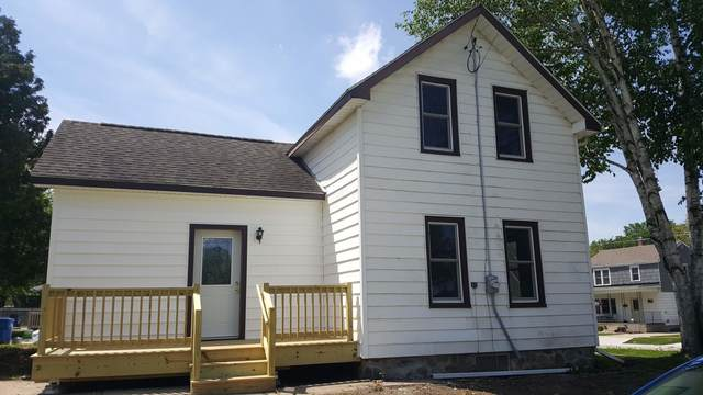 217 Mary St, Watertown, WI 53094 (#1691003) :: RE/MAX Service First