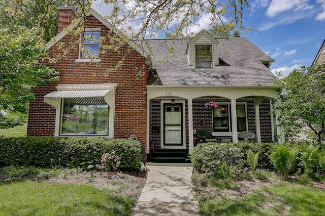 336 S 10th, West Bend, WI 53095 (#1691010) :: RE/MAX Service First Service First Pros