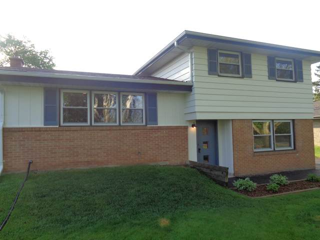 5320 S 116th St, Hales Corners, WI 53130 (#1691072) :: RE/MAX Service First Service First Pros