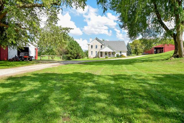 2051 Knob Rd, Lyons, WI 53105 (#1691223) :: RE/MAX Service First Service First Pros
