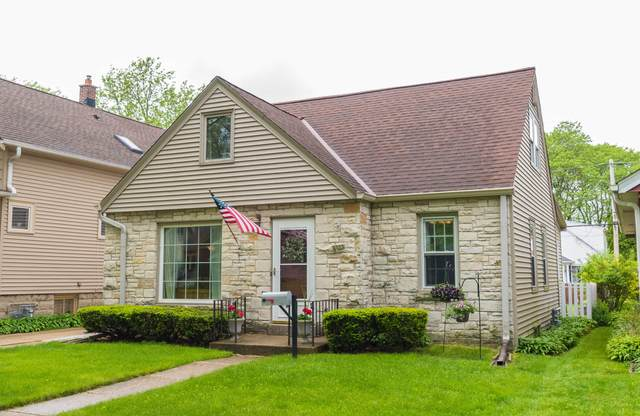 2373 N 85th St, Wauwatosa, WI 53226 (#1691290) :: Tom Didier Real Estate Team