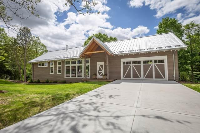 1761 16th Ave, Grafton, WI 53024 (#1691302) :: Tom Didier Real Estate Team