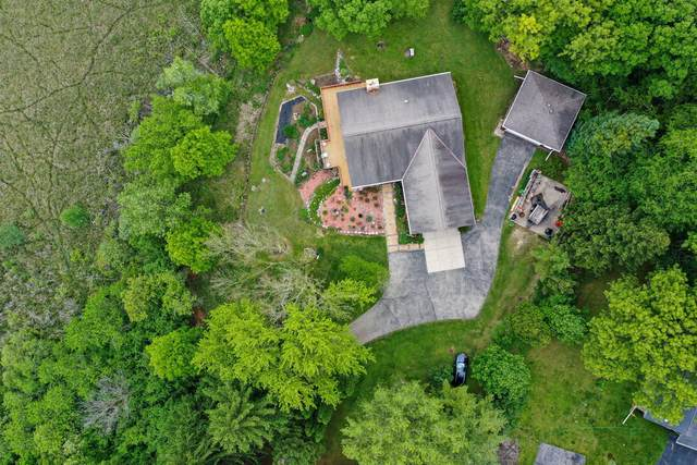 N8825 Townline Rd, East Troy, WI 53120 (#1691323) :: RE/MAX Service First Service First Pros