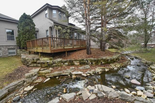 885 Rocky Pt B, Brookfield, WI 53005 (#1691372) :: NextHome Prime Real Estate