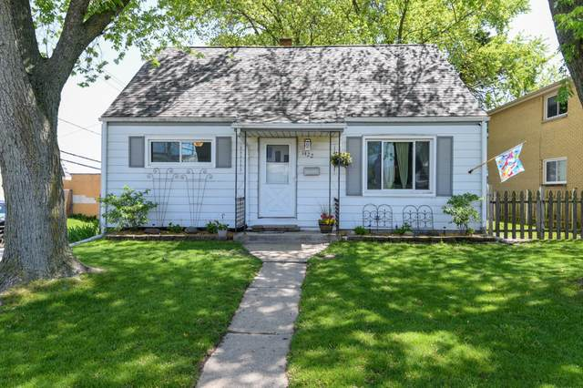 1422 S 96th St, West Allis, WI 53214 (#1691469) :: RE/MAX Service First Service First Pros