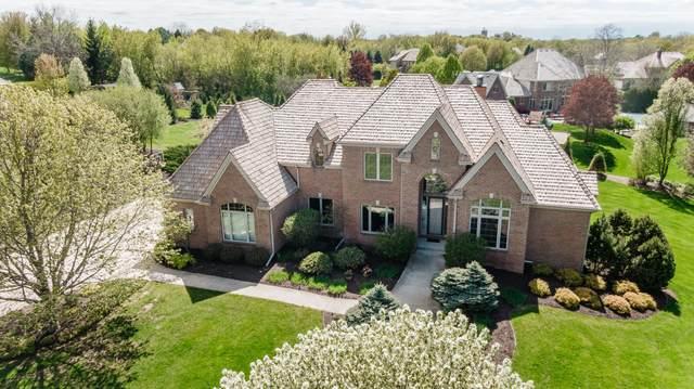 W305N2881 Foxwood Ct, Delafield, WI 53072 (#1691484) :: NextHome Prime Real Estate