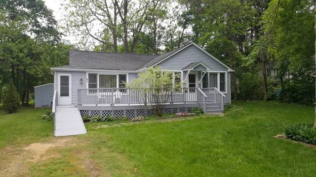 65 Menomonee St, Williams Bay, WI 53191 (#1691522) :: RE/MAX Service First Service First Pros