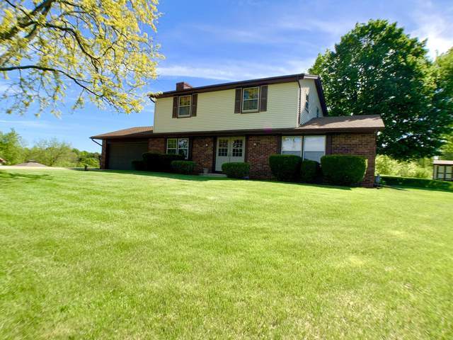 S76W24955 Highland Ct, Vernon, WI 53189 (#1691681) :: RE/MAX Service First Service First Pros