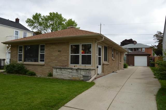 2344 S 77th St, West Allis, WI 53219 (#1691931) :: RE/MAX Service First Service First Pros