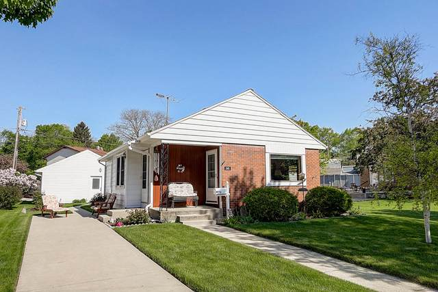 345 S Garfield Ave, Port Washington, WI 53074 (#1691963) :: Tom Didier Real Estate Team