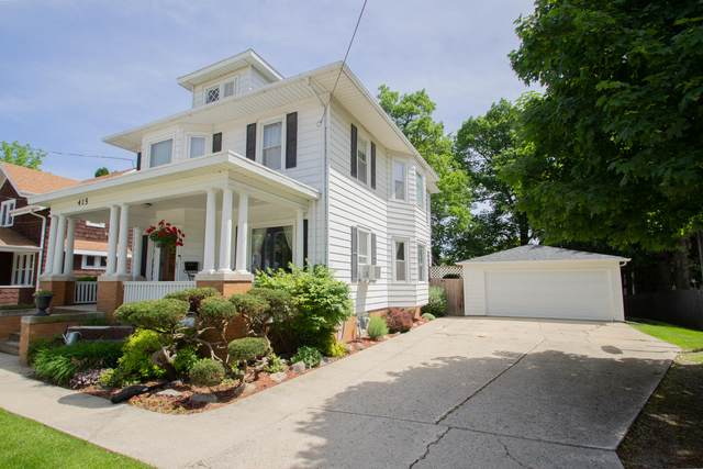 415 N Church St, Watertown, WI 53098 (#1691979) :: RE/MAX Service First Service First Pros