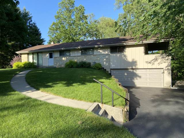 W228S8790 Cherry St, Big Bend, WI 53103 (#1692048) :: RE/MAX Service First Service First Pros