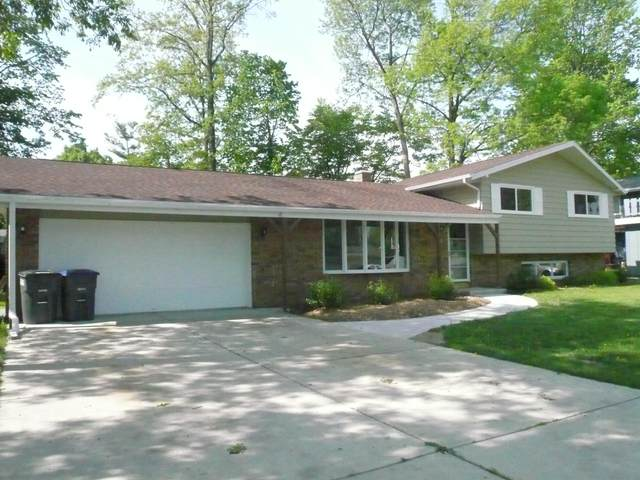 2409 Silver Leaf Ln, Sheboygan, WI 53083 (#1692124) :: RE/MAX Service First Service First Pros