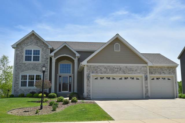2360 Willow Pond Way, Port Washington, WI 53074 (#1692185) :: Tom Didier Real Estate Team
