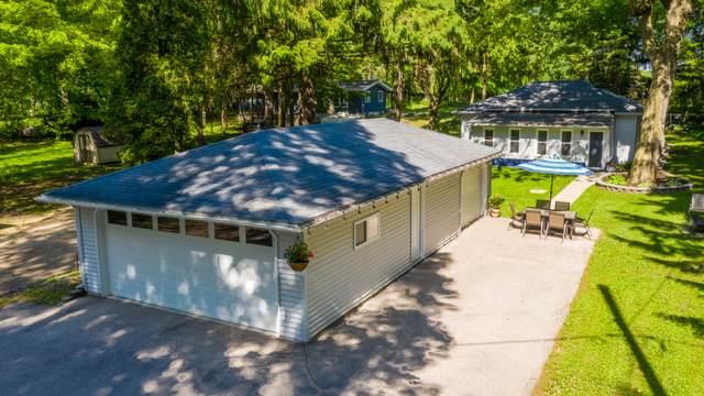 5822 S Hacker Dr, West Bend, WI 53095 (#1692313) :: Tom Didier Real Estate Team