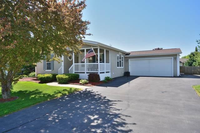 N171W19981 Highland Rd, Jackson, WI 53037 (#1692355) :: Tom Didier Real Estate Team
