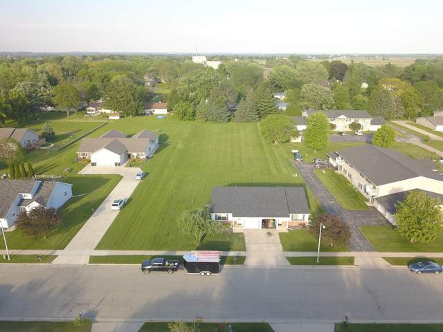 360 S Fairfield Ave. Lot 5, Juneau, WI 53039 (#1692489) :: RE/MAX Service First Service First Pros