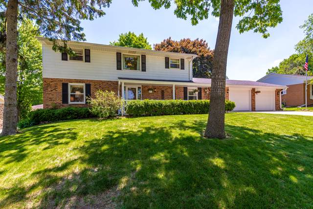 N82W7339 Pine St, Cedarburg, WI 53012 (#1692615) :: OneTrust Real Estate