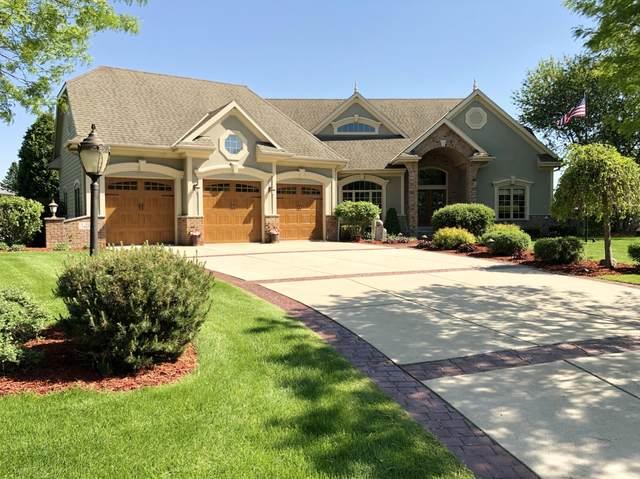 N52W21515 Golfview Dr, Menomonee Falls, WI 53051 (#1692857) :: OneTrust Real Estate