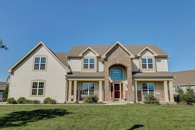 W193N5694 Canary Dr, Menomonee Falls, WI 53051 (#1692926) :: RE/MAX Service First Service First Pros
