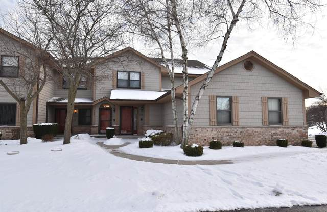 1321 33rd Ct 5A, Kenosha, WI 53144 (#1693471) :: RE/MAX Service First Service First Pros