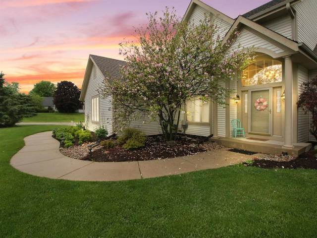 W226N7220 Woodland Creek Dr, Sussex, WI 53089 (#1693615) :: OneTrust Real Estate