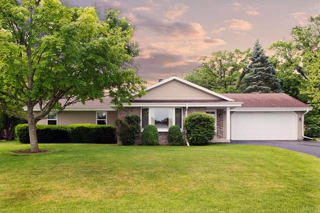 12135 W Plainfield Ave, Greenfield, WI 53228 (#1693903) :: Keller Williams Realty - Milwaukee Southwest