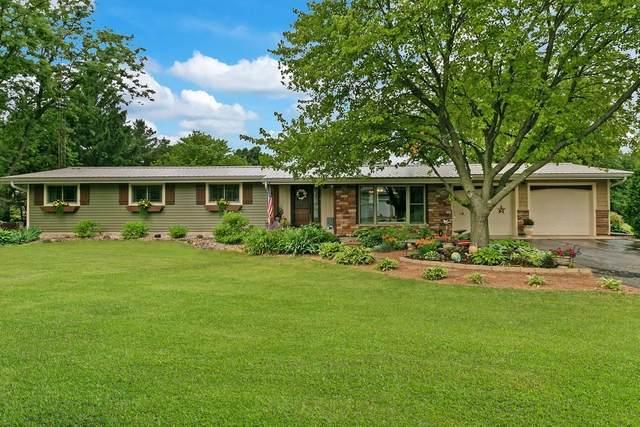 N1549 Bluebird Dr, Linn, WI 53147 (#1694118) :: NextHome Prime Real Estate