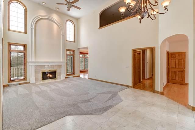 19330 Hayden Ct, Brookfield, WI 53045 (#1694224) :: OneTrust Real Estate