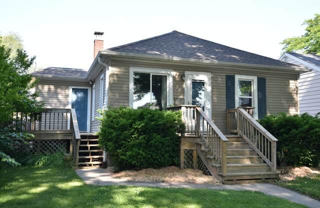 2939 S 47th St, Milwaukee, WI 53219 (#1694473) :: NextHome Prime Real Estate